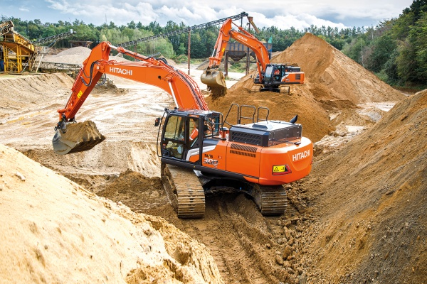 Operating weight: 35,2 t - 37,2 t